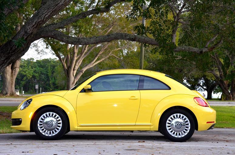 Volkswagen żółty